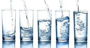 drinkingdifferent ways how water improves oral health